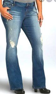 EUC TORRID Plus Size Relaxed Boot Cut Denim Jeans